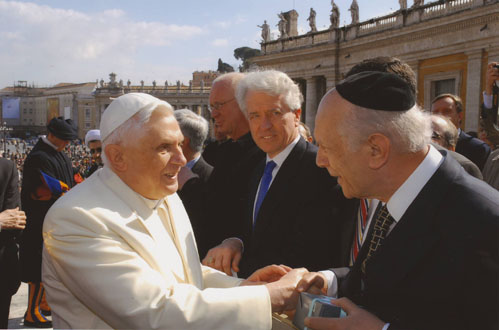 Rome, Italy – Rabbi Arthur Schneier meets with Pope Benedict XVI to discuss the urgent need to protect religious sites around the world.